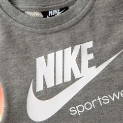 Robe Nike