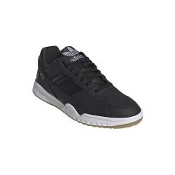 Adidas A.R. Trainer